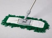 Dust Magnet 40cm complete with sweeper head – green